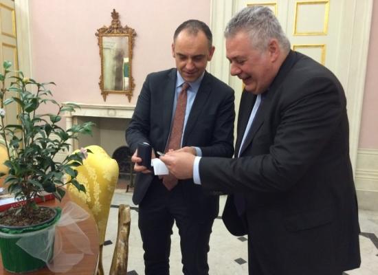 i saluti del presidente Menesini al questore Ciarambino