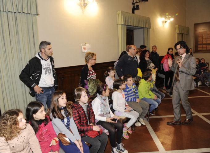 """gli alunni della scuola di Sorbano """"studiano"""" il Consiglio comunale"""