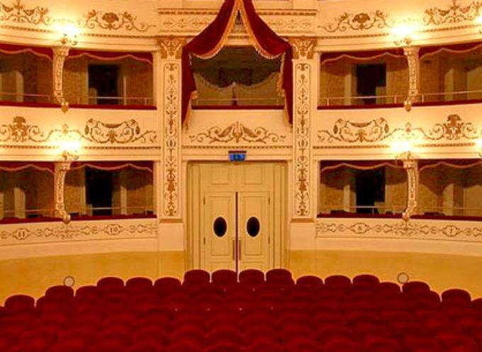 Castelnuovo di Garfagnana, strepitoso succeso per la stagione del Teatro Alfieri