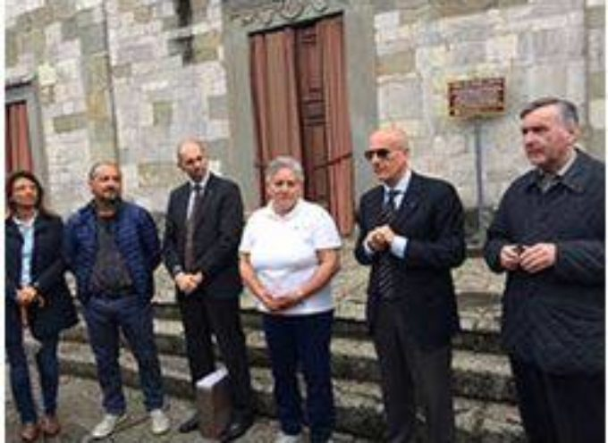 Un nuovo defibrillatore donato dal Rotary al paese di Tereglio