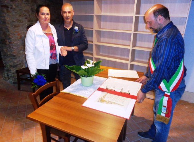 Celebrato il primo matrimonio nello storico Palazzo Roni a Vergemoli