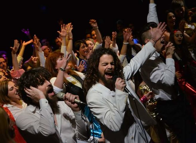 La magia dei leggendari Bee Gees sul palco del Teatro Differenti di Barga