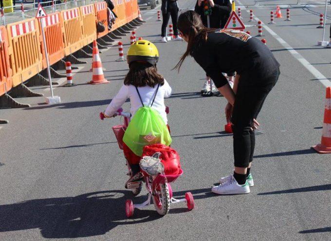 Torna Bimbimbici: pedalando in allegria s'impara ad amare le due ruote