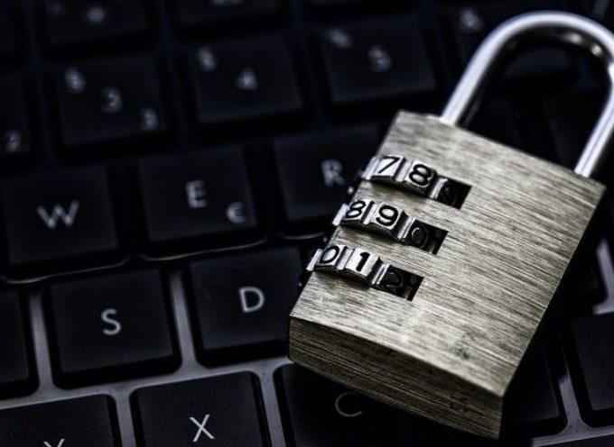 Facebook: attenzione al virus che posta a vostro nome