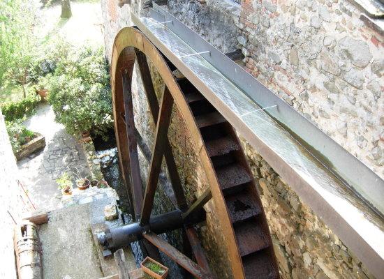 Domenica 15 maggio degustazioni di vino al Molino di Menicone a San Martino in Freddana