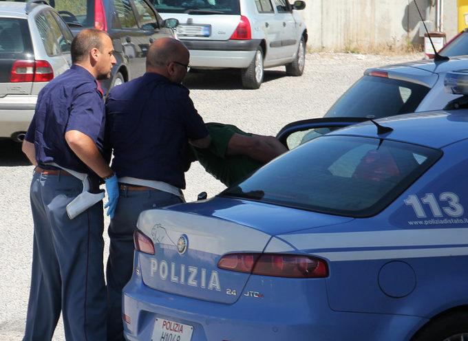 LUCCA, Ruba un Samsung in pizzeria: preso,  e arrestato