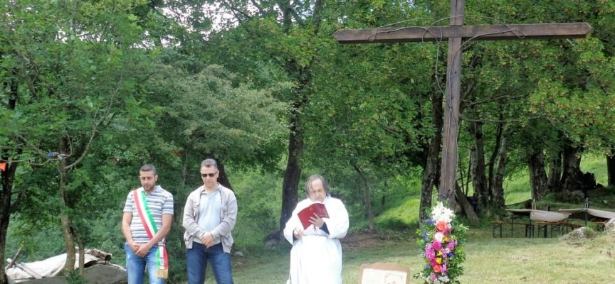 VERGEMOLI – Celebrata a San Luigi la tradizionale Benedizione della Croce