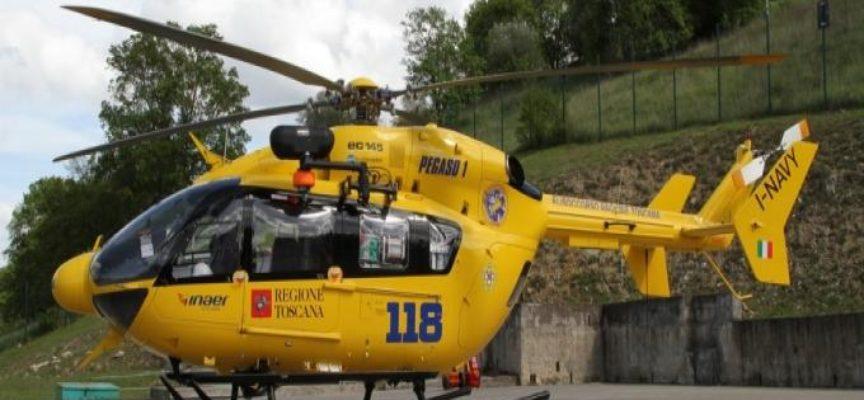 Donna ferita in Pania recuperata dal Soccorso Alpino