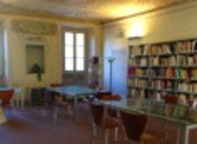 lucca  – Inaugurata la nuova collezione di libri anche in lingua inglese alla biblioteca civica di Agorà