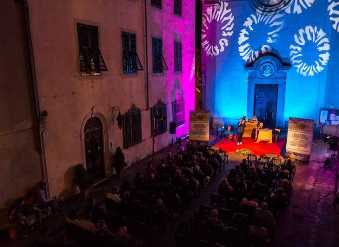 GRANDE SUCCESSO PER LA PRIMA DI BORGO È BELLEZZA  Tra scienza e stelle, più di cento persone in piazza San Rocco per Sauro Donati