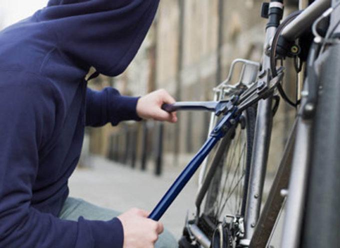 VIAREGGIO – Denunciati per furto di biciclette, Un 30enne e un 27enne di Certaldo