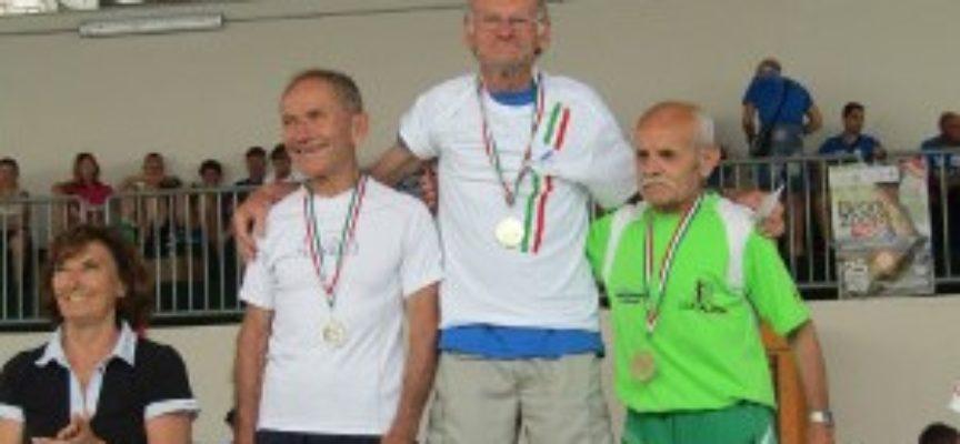 G..S ORECCHIELLA –  Giuseppe Monini: a 77 anni è ancora campione italiano di corsa in montagna