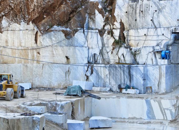 Buone notizie per i lavoratori nelle cave, oltre 1.100 nel comprensorio lucchese.