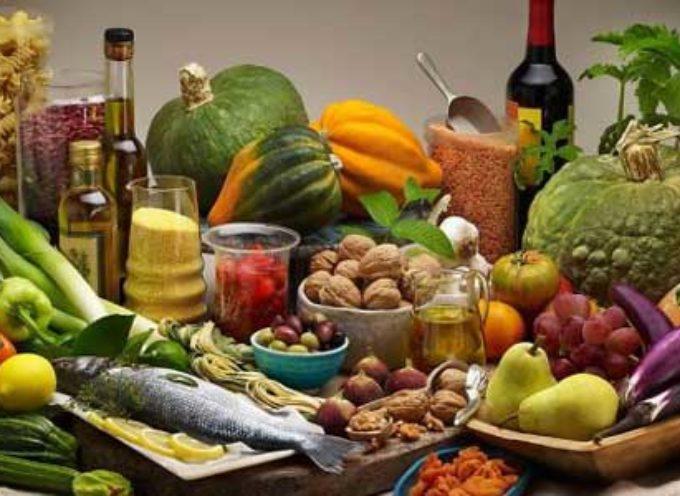 TUMORE AL SENO: LA DIETA MEDITERRANEA RIDUCE IL RISCHIO DI RECIDIVE