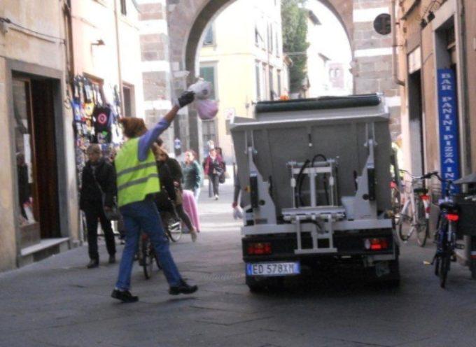 """LUCCA –  """"Rivoluzione"""" in centro storico per la raccolta differenziata"""