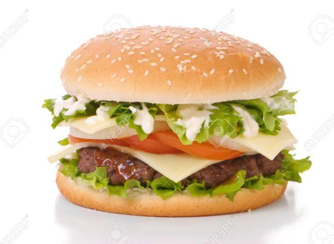 I nuovi hamburger che sembrano sempre più di carne