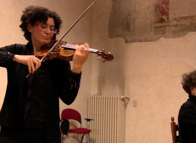 ALTOPASCIO –  Il violino di Chiara Morandi e il pianoforte di Michela Spizzichino in concerto alla Sala Granai di Altopascio