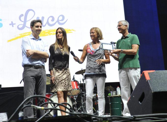 Gesam Gas e Luce premia Rodolfo Cavallo come personaggio dell'anno durante la serata dei Talenti Lucchesi.