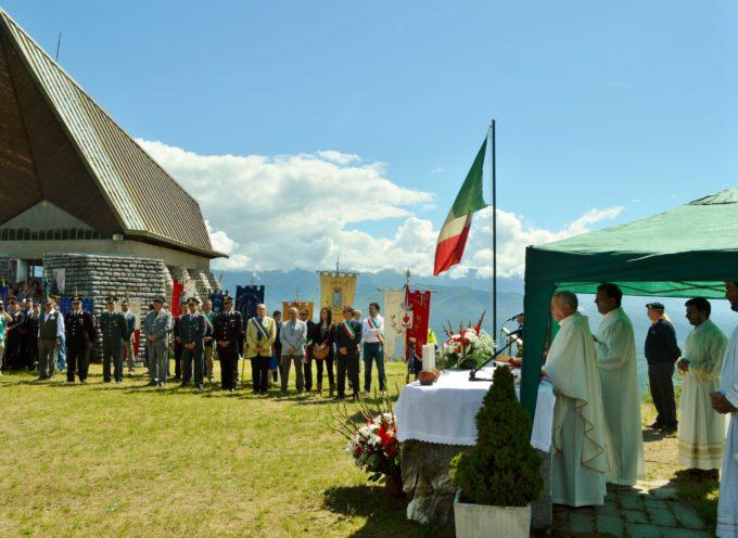 """Una fiaccolata dei """"parà"""" in memoria di Don Folegnani e Pade Osvaldo Lunardi e tutti i caduti di guerra sabato 9 Luglio"""