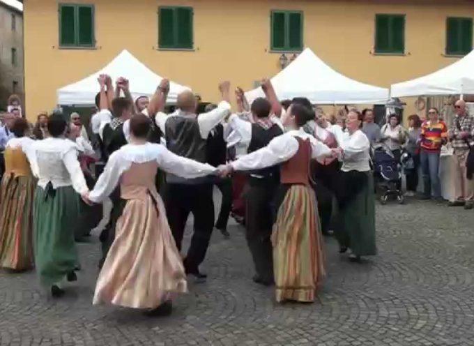 """GARFAGNANA – Gruppo Folclorico """"La Muffrina"""" – Ballo: La Quadriglia – di Sergio Colombini"""