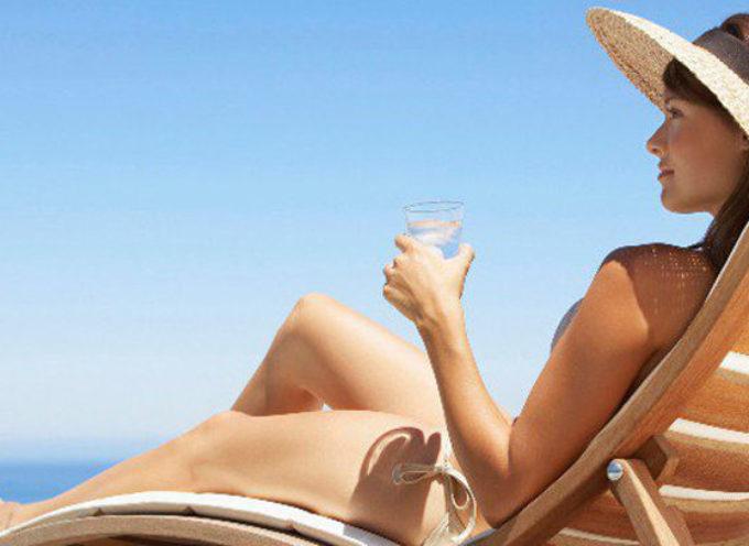 Protezione UV: 10 alimenti amici della pelle