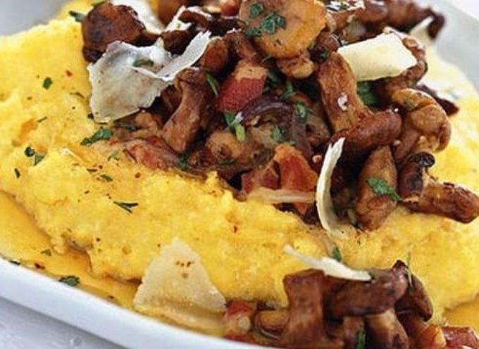 per tutto il mese di luglio  a Massa Macinaia la 23° sagra del fungo porcino con polenta