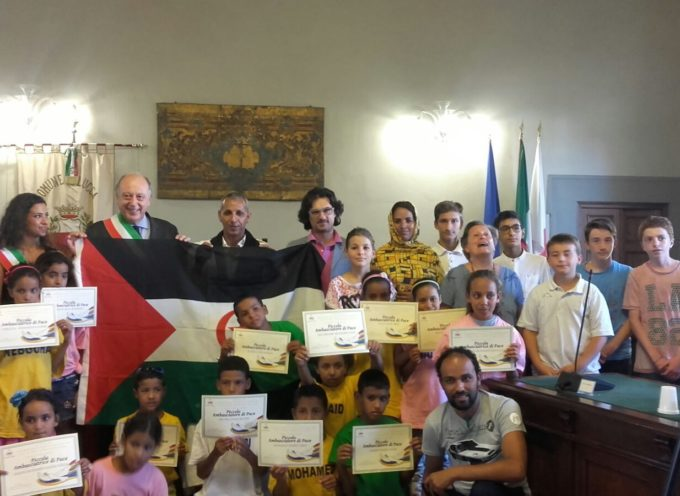 """lucca – Saharawi: bambini e bambine diventano """"piccoli ambasciatori di pace"""""""