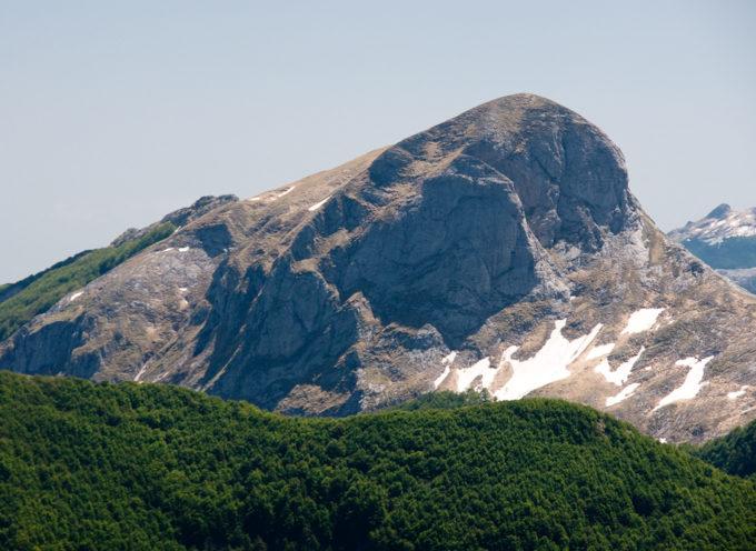Escursione su una delle montagne più panoramiche delle Alpi Apuane , il monte sumbra