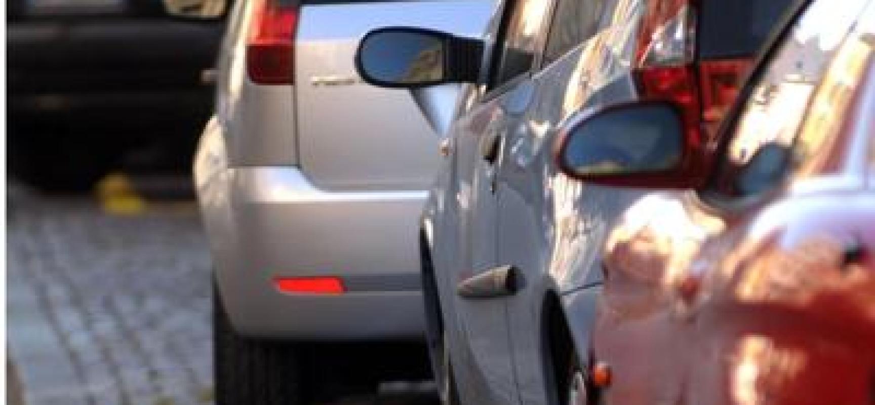Parcheggi in struttura gratuiti a Ferragosto