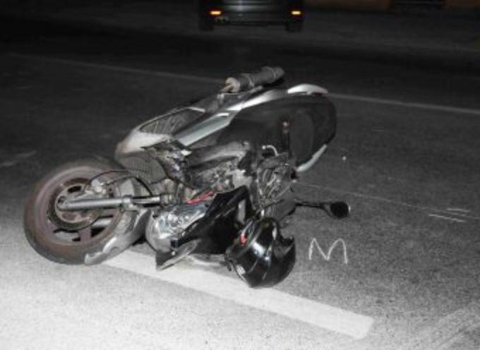 turista – Muore travolta da uno scooter mentre attraversa la strada, a lido di camaiore