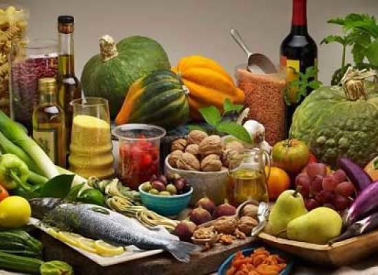 DIETA MEDITERRANEA: RIDUCE DEL 50% IL RISCHIO DI TUMORI DELLA TESTA E DEL COLLO