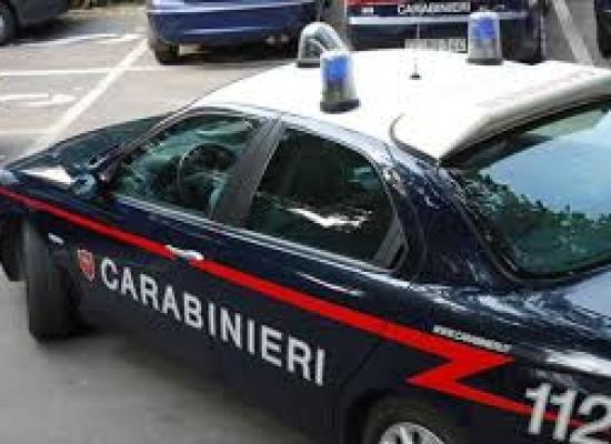 Bagni di Lucca: arrestati dopo una rocambolesca fuga due ladri di auto