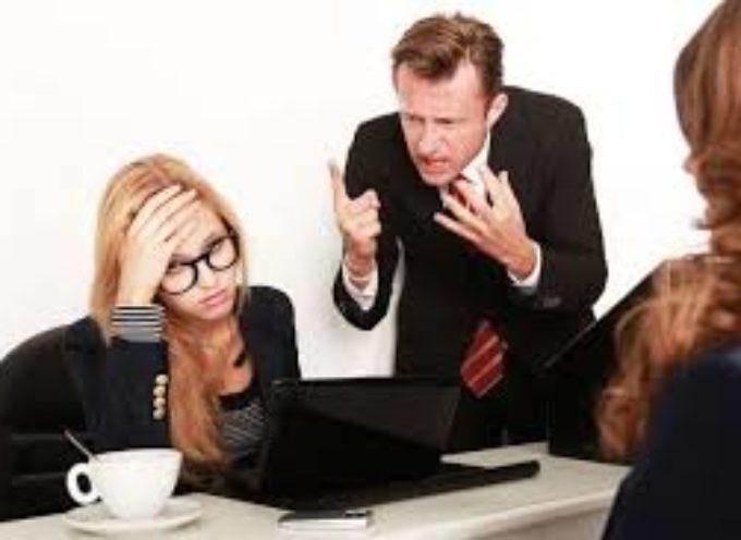 il datore di lavoro aggredisce una dipendente, finische al p soccorso..