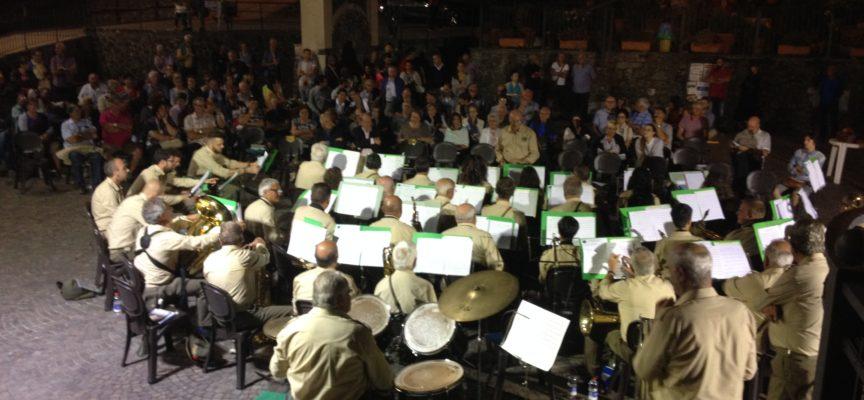 Cena degli Alpini e concerto della Fanfara a Cascio. . . è stato un doppio un successo