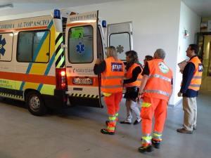 ambulanza-opsedale-san-luca