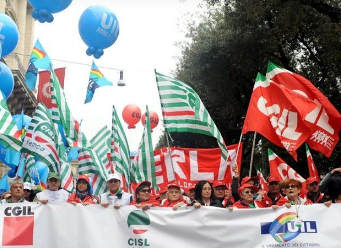 Cgil Cisl Uil firmano il via libera ai licenziamenti. Nel silenzio dei media tradiscono i lavoratori