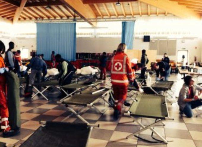 Profughi, pieno il campo della Croce Rossa; la Prefettura lavora per distribuirne 70