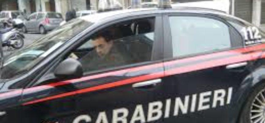 LUCCA  DIETRO SEGNALAZIONI INTERVENGONO I CARABINIERI E TROVANO UN DOBLO' RUBATO