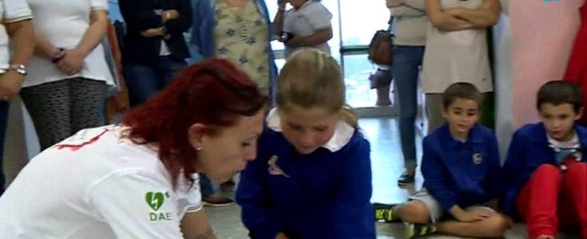 CAPANNORI – La Mirko Ungaretti Onlus dona i defibrillatori alle scuole