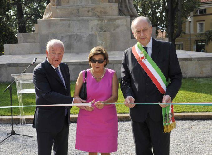 Torna visibile il Monumento ai Caduti in Piazzale Risorgimento