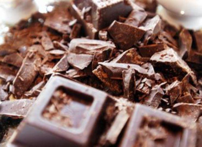 Protegge il cuore e previene il diabete, il cioccolato fondente fa bene alla salute