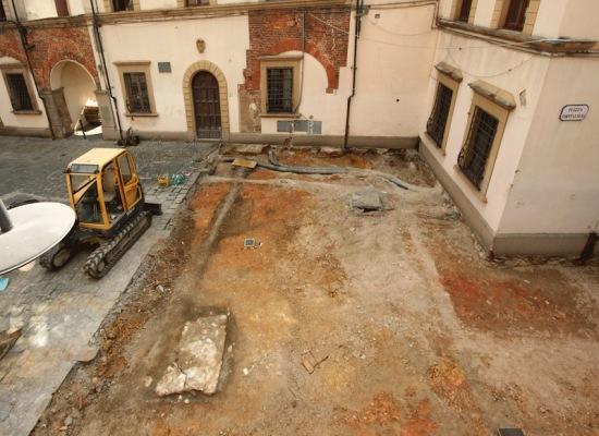 Altopascio: Presentati gli scavi archeologici di piazza Ospitalieri