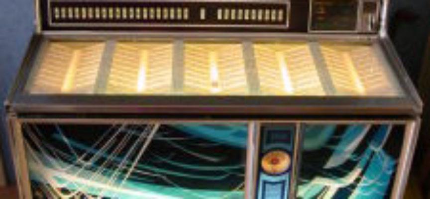 ACCADDE OGGI – 23 Novembre 1890, nasce il primo Juke-box