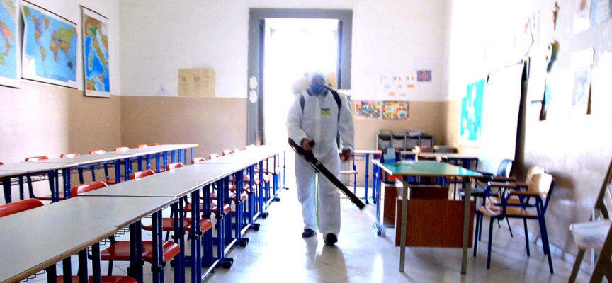 Scuola Lombardo Radice: in corso le operazioni di disinfestazione dopo le criticità dovute alla formazione di liquido misto a guano