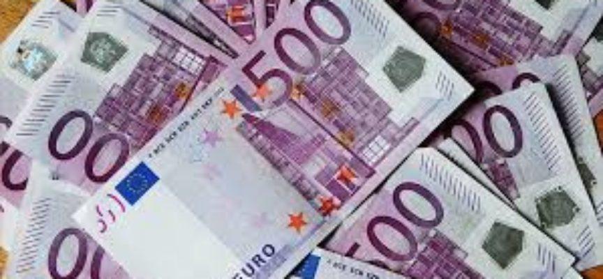 ECCO COSA ACCADREBBE SE L'ITALIA AVESSE ANZICHE' LO SCIAGURATO EURO, UNA NUOVA VALUTA  SOVRANA