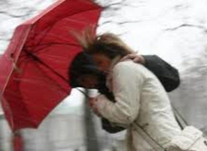 Pioggia intensa e vento interessano la provincia di Lucca