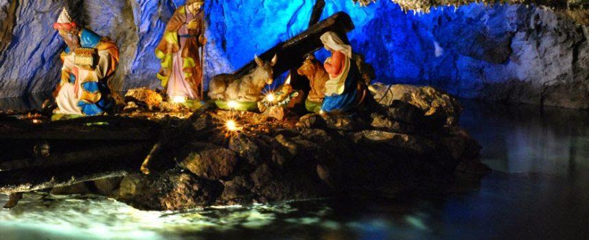 IL PRESEPE IN GROTTA  A  Convalle, Pescaglia