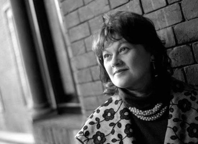 LUCCA – Scuola di Narrazione Mario Tobino La scrittrice Laura Bosio fra gli insegnanti