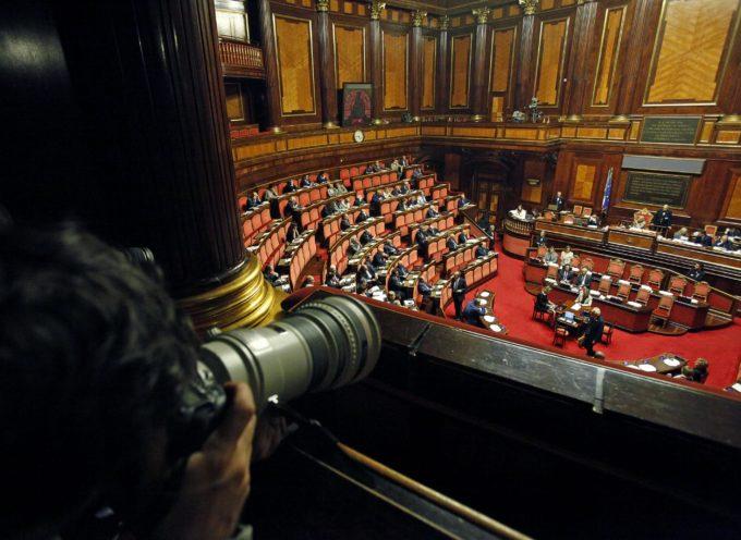 600 DEPUTATI VOGLIONO ARRIVARE FINO A SETTEMBRE: COME MAI? SCATTA L'ASSEGNO DEL VITALIZIO! VERGOGNA