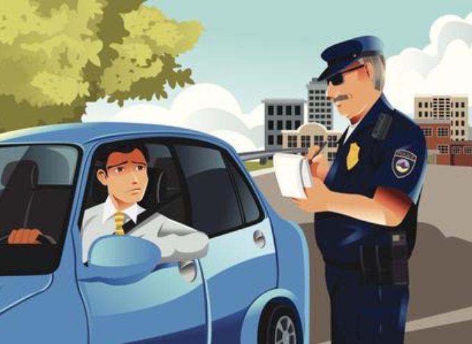 Cassazione: il proprietario non deve comunicare i dati di chi guidava l'auto se la multa non è notificata subito.